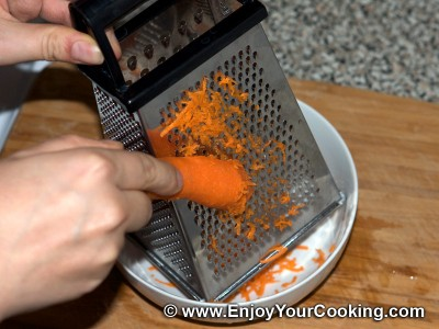 Fresh Carrots & Garlic Salad Recipe: Step 2