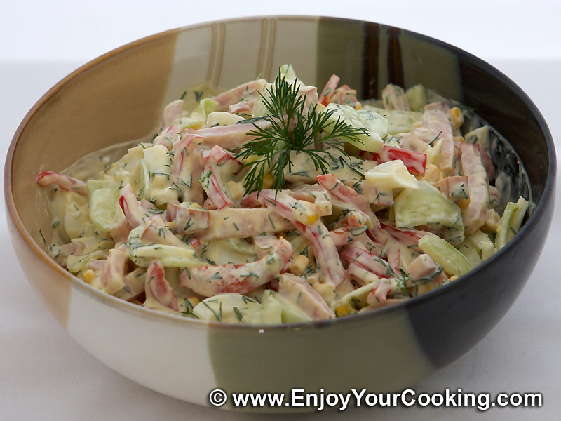 Салат из ветчины с яйцом и огурцом рецепт