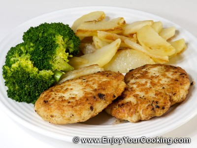 Ground Chicken Cutlets with Fried Potatoes and Broccoli