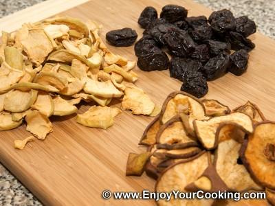 Uzvar (Dried Fruit Kompot) Recipe: Step 1