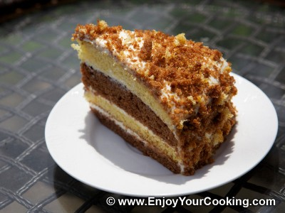 Simple Cake with Sour Cream Frosting
