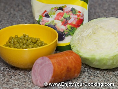 Salad Dnister (Cabbage, Peas and Sausage) Recipe: Step 1