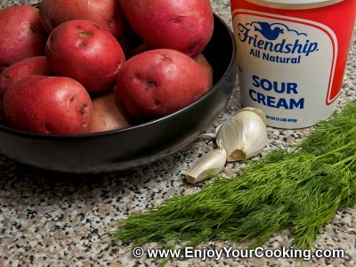 Boiled Potato with Sour Cream and Garlic Recipe: Step 1