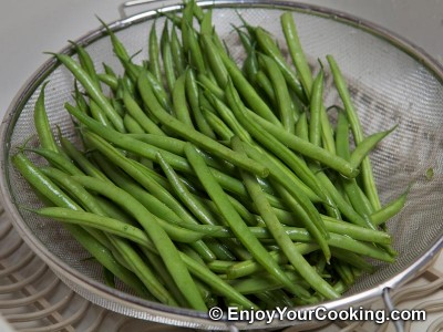String Beans Fried with Eggs Recipe: Step 2