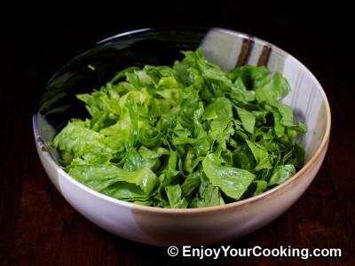 Green Salad with Tomato, Avocado and Shrimp Recipe: Step 3