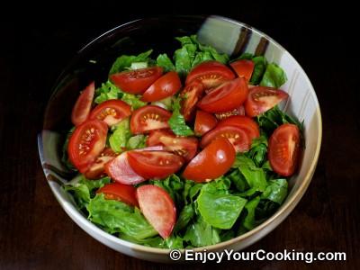 Green Salad with Tomato, Avocado and Shrimp Recipe: Step 4