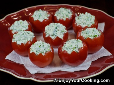Tomatoes Stuffed with Fresh Cheese