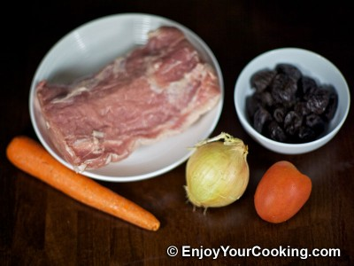 Pork Loin Roll with Prunes and Carrots Recipe: Step 1