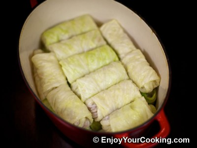 Cabbage Rolls in Sour Cream Sauce Recipe: Step 7