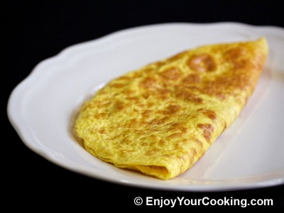 Omelette Stuffed with Mushrooms and Onions Recipe: Step 15