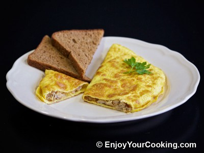 Omelette Stuffed with Mushrooms and Onions Recipe: Step 16