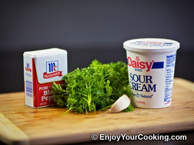 Sour Cream and Garlic Dip Recipe: Step 1