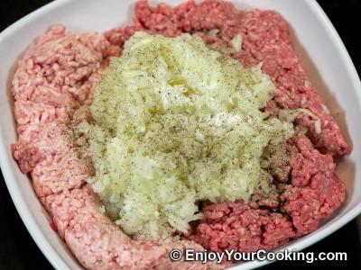 Russian Meat Dumplings (Pelmeni) Recipe: Step 4