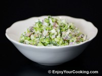 Fresh Broccoli Salad with Raisins and Sunflower Seeds Recipe