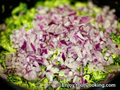 Fresh Broccoli Salad with Raisins and Sunflower Seeds Recipe: Step 4