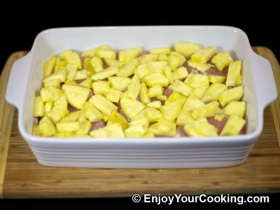 Chicken Meat Roasted with Pineapple and Bananas Recipe: Step 3