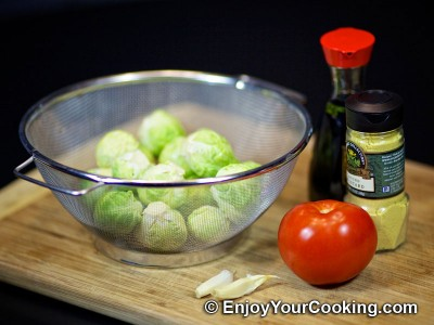 Brussels Sprouts in Tomato and Soy Sauce Recipe: Step 1