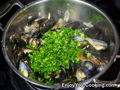 Mussels Steamed with Shallots in Wine and Butter Sauce Recipe: Step 9
