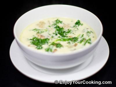 Zuppa Toscana (Italian Sausage Soup)