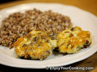 Chicken Cutlets with Mushroom and Cheese