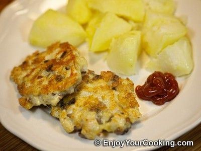 Chicken Cutlets with Mushroom and Cheese Recipe: Step 16