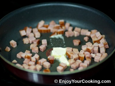 Scrambled Eggs with Ham and Tomatoes Recipe: Step 4