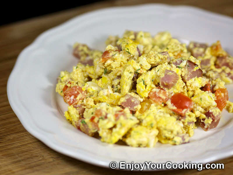Ham Eggs scrambled eggs with ham and tomatoes recipe my food