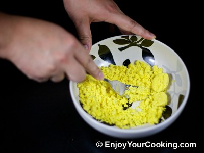 Deviled Eggs with Blue Cheese Recipe: Step 5