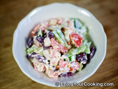 Crabsticks, Beans, Tomato, Bell Pepper and Cheese Salad