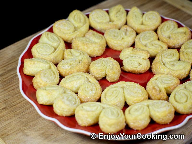 Рецепт печенья из слоеного теста в домашних условиях