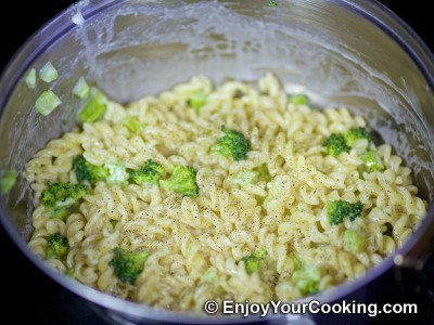 Creamy Fusilli Pasta with Broccoli and Cheese Recipe: Step 7