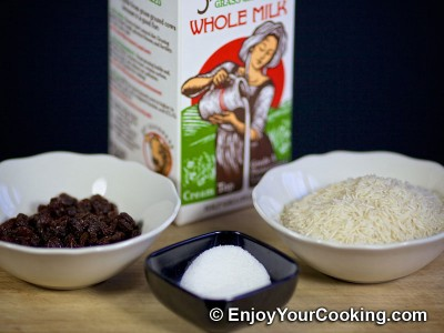Rice, Milk and Raisins Porridge Recipe: Step 1