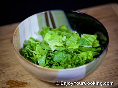 Apple, Sorrel and Lettuce Salad Recipe: Step 4