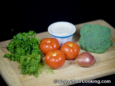 Raw Broccoli and Tomato Salad: Step 1