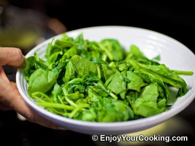 Creamy Spinach with Eggs: Step 4