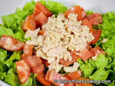 Tuna and Mozzarella Salad: Step 5