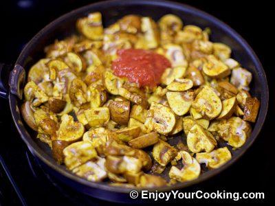 Mushroom Curry: Step 8