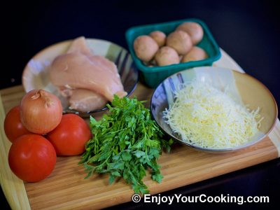 Chicken, Tomato and Mushroom Salad: Step 1