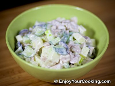 Apple and Cucumber Salad with Chicken