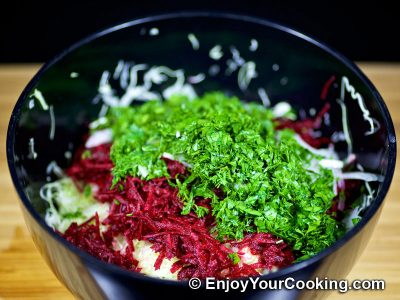 Raw Beets and Cabbage Salad 6